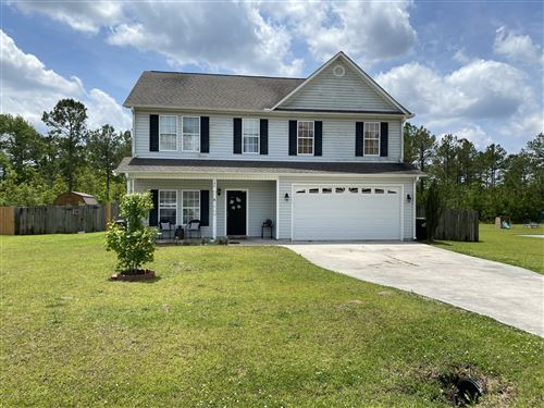 Photo of 126 Sunny Point Drive, Richlands, NC 28574 (MLS # 100218894)