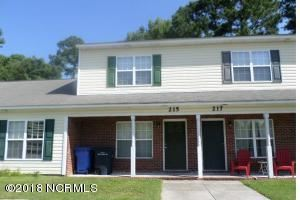 Photo of 215 Palace Circle, Jacksonville, NC 28546 (MLS # 100268894)