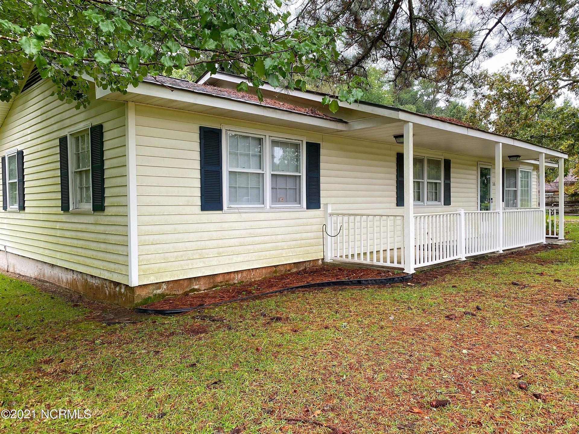 Photo of 2113 N Parker Road, Jacksonville, NC 28546 (MLS # 100292894)