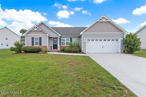 Photo of 231 Rowland Drive, Richlands, NC 28574 (MLS # 100283898)