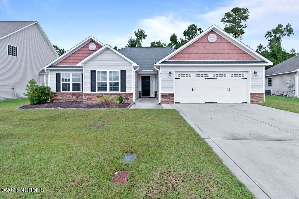 Photo of 808 Dynasty Drive, Jacksonville, NC 28546 (MLS # 100294898)