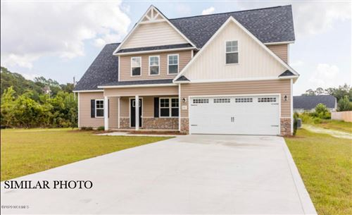 Photo of 210 Westfield Drive, Richlands, NC 28574 (MLS # 100241899)