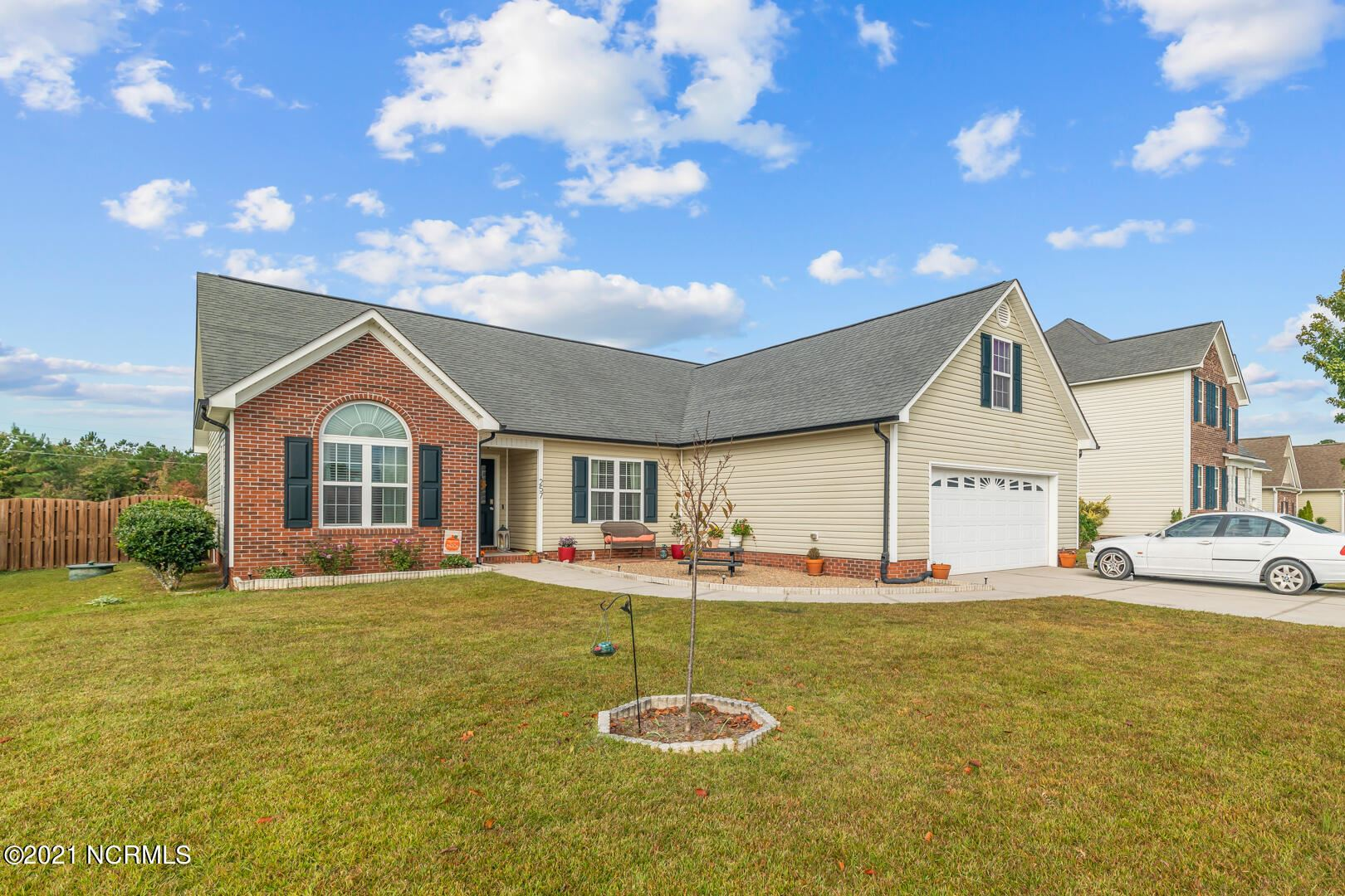 Photo of 257 Silver Hills Drive, Jacksonville, NC 28546 (MLS # 100295900)