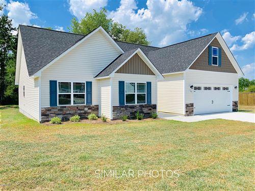 Photo of 308 White Dove Lane, Hubert, NC 28539 (MLS # 100233901)