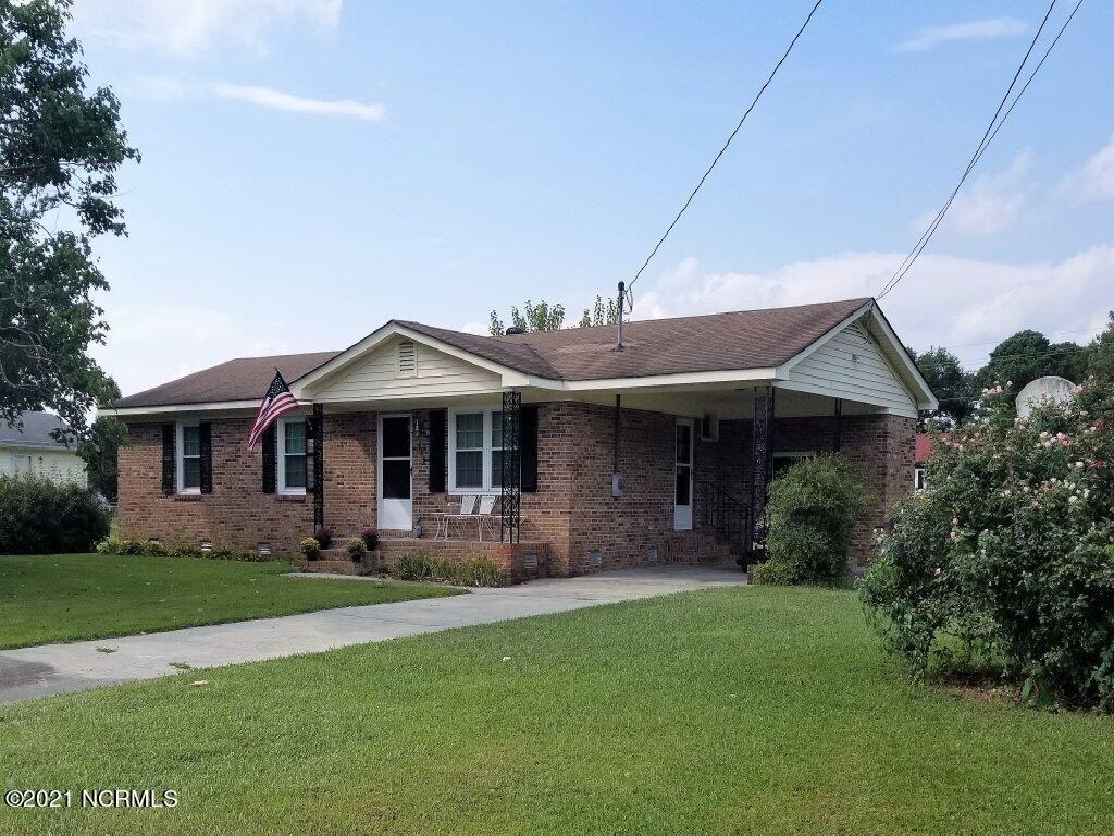 Photo of 489 Gayle Boulevard, Winterville, NC 28590 (MLS # 100290901)