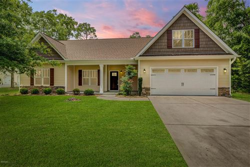 Photo of 155 Bayshore Drive, Sneads Ferry, NC 28460 (MLS # 100222906)