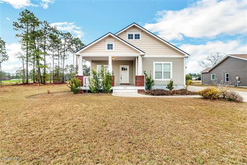 Photo of 104 Farmstead Place, Maple Hill, NC 28454 (MLS # 100199911)