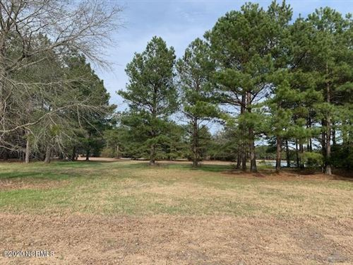 Photo of 155 Cedar Point Drive, Wallace, NC 28466 (MLS # 100202913)