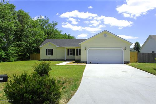 Photo of 126 Forest Bluff Drive, Jacksonville, NC 28540 (MLS # 100217913)