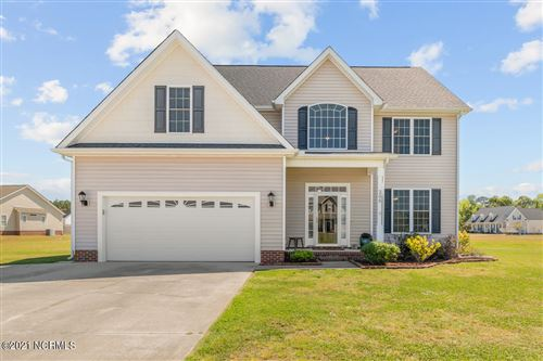 Photo of 200 Dorovan Court, Hubert, NC 28539 (MLS # 100267914)