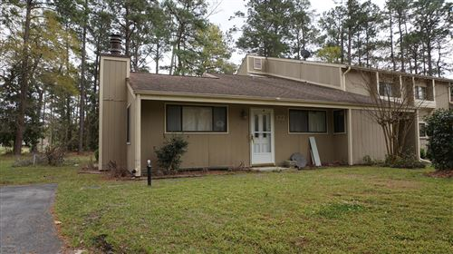 Photo of 122 Quarterdeck Townes, New Bern, NC 28562 (MLS # 100211915)