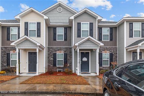 Photo of 161 Glen Cannon Drive, Jacksonville, NC 28546 (MLS # 100226915)