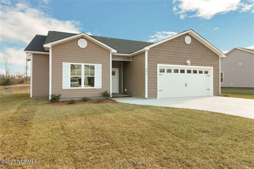 Photo of 307 Garland Shores Drive, Hubert, NC 28539 (MLS # 100258915)
