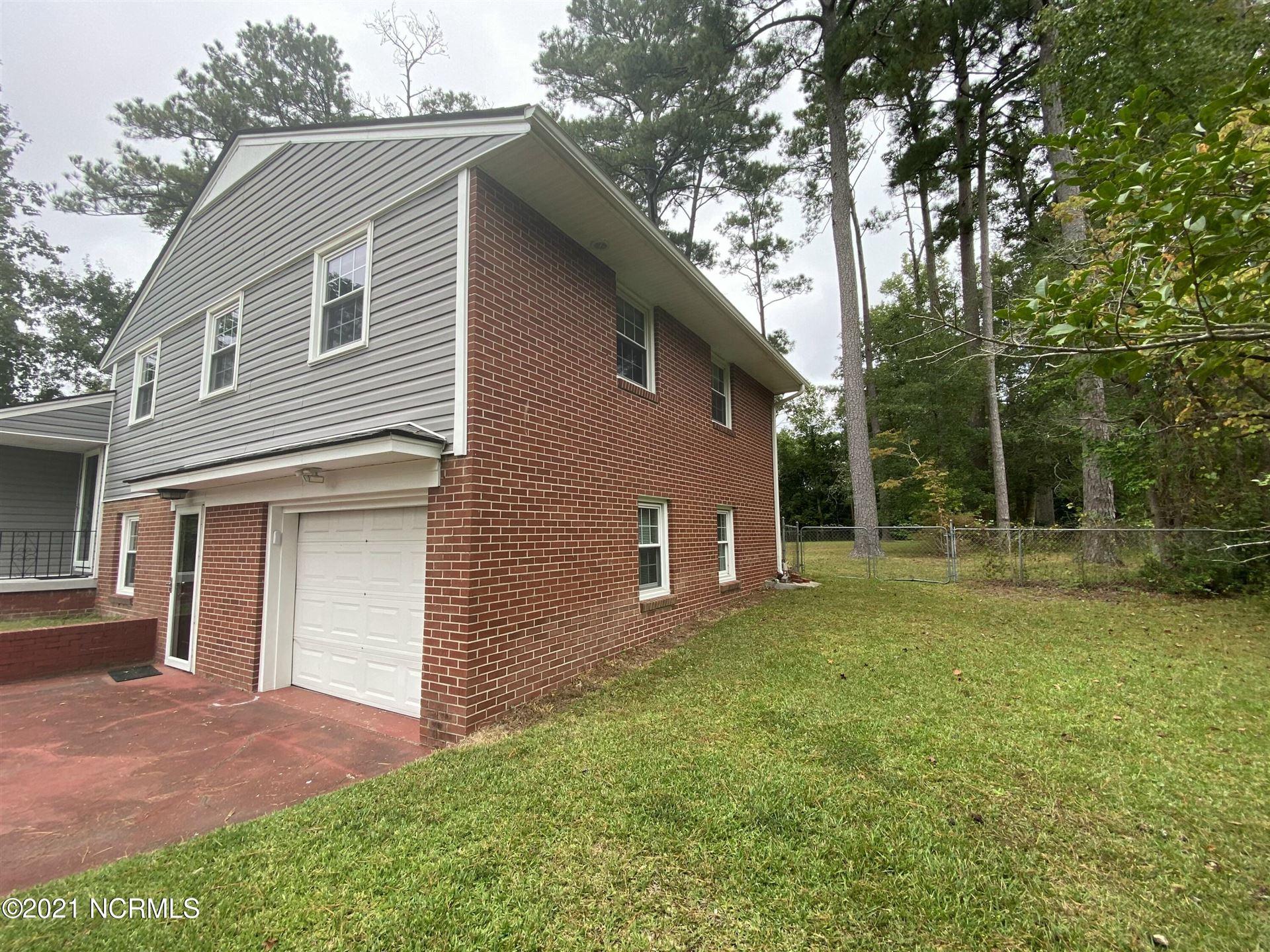 Photo of 132 E Sherwood Drive, Havelock, NC 28532 (MLS # 100294916)