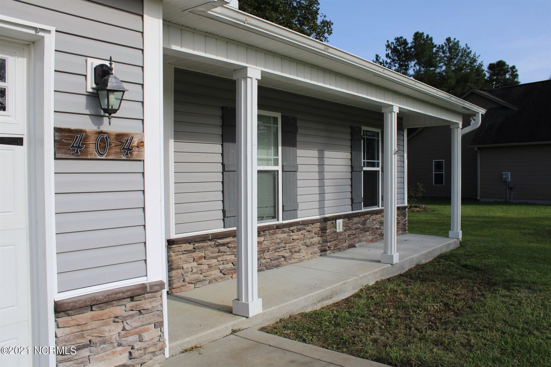 Photo of 404 Duster Lane, Richlands, NC 28574 (MLS # 100288917)