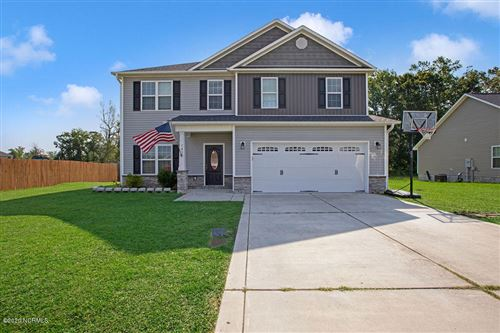 Photo of 703 Opus Court, Richlands, NC 28574 (MLS # 100224920)
