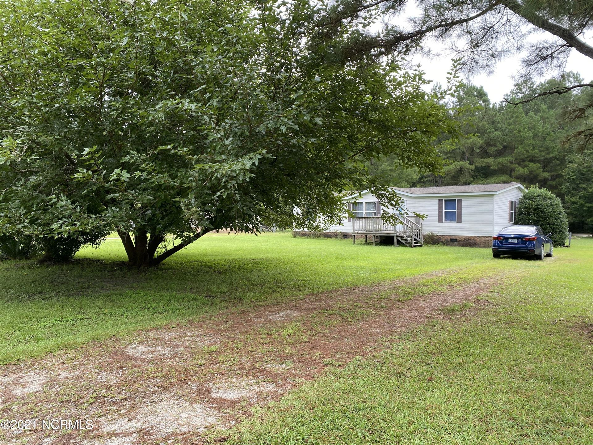 Photo of 121 Bellhammon Forest Drive, Rocky Point, NC 28457 (MLS # 100287920)