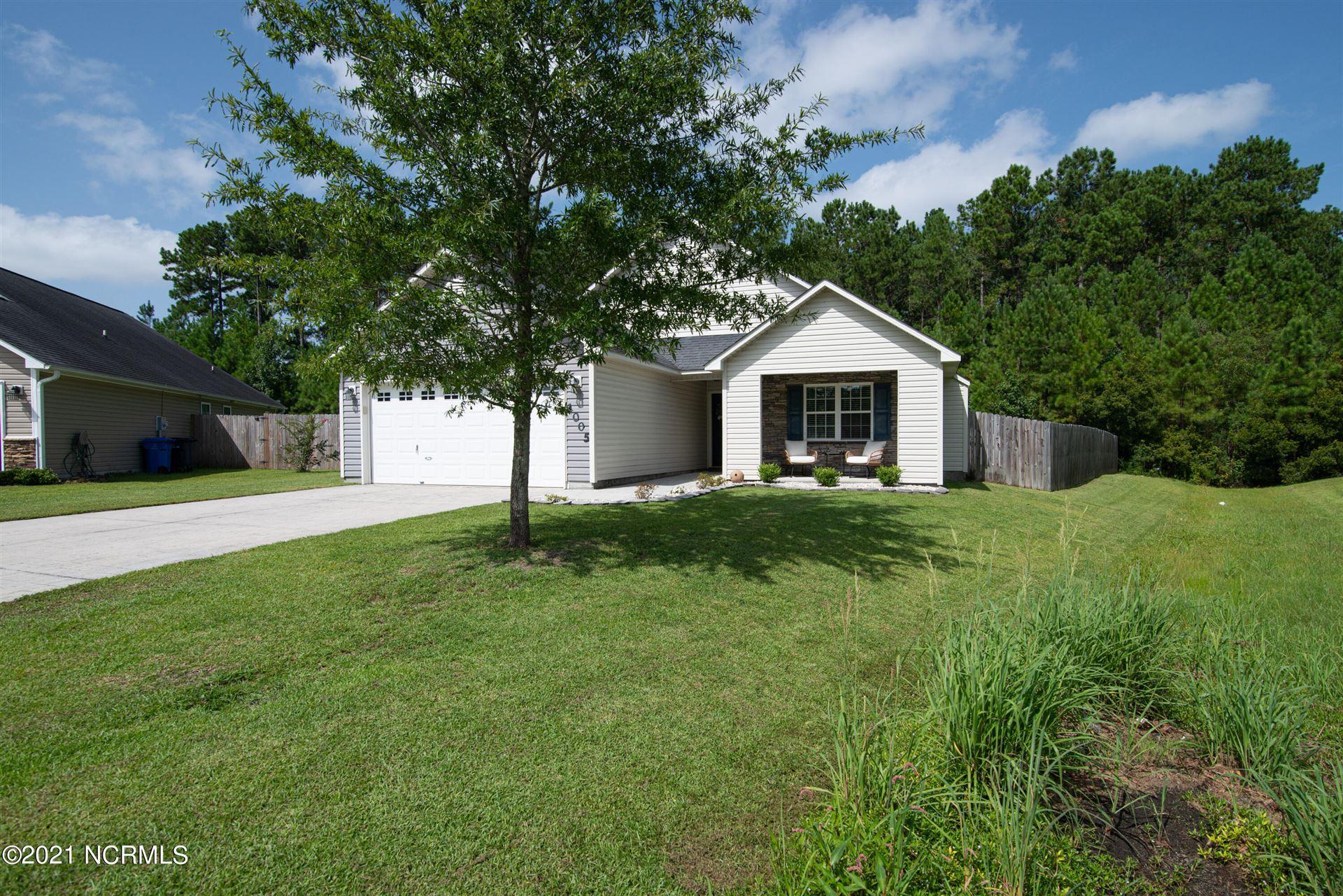 Photo of 1005 Summerfield Court, Jacksonville, NC 28546 (MLS # 100288923)