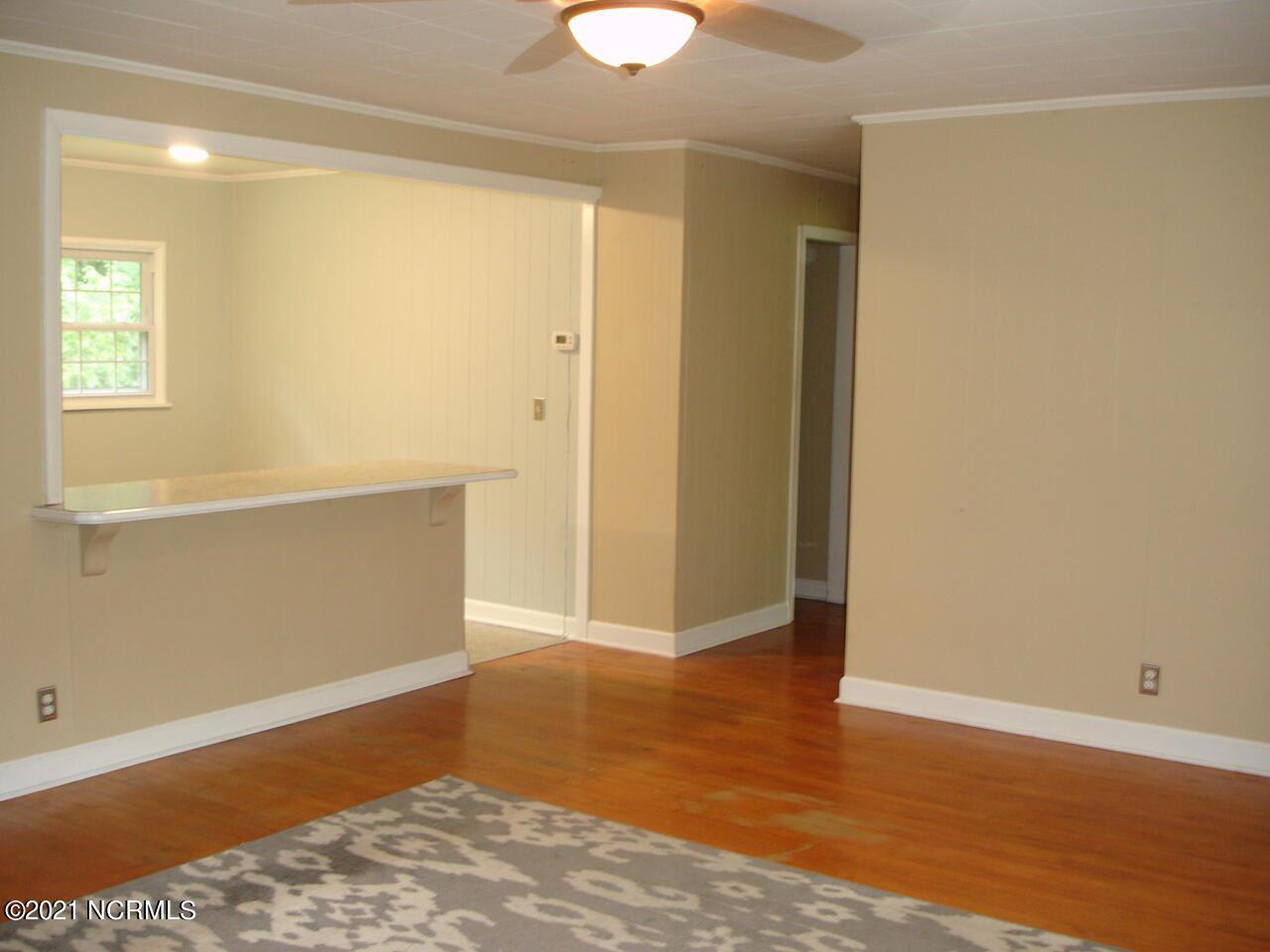 Photo of 212 Stadiem Drive, New Bern, NC 28560 (MLS # 100291924)