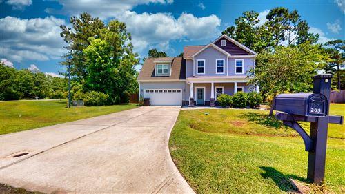 Photo of 205 Wintergreen Lane, Hubert, NC 28539 (MLS # 100223928)