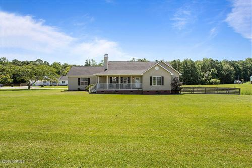 Photo of 300 Crest Place, Jacksonville, NC 28540 (MLS # 100228931)