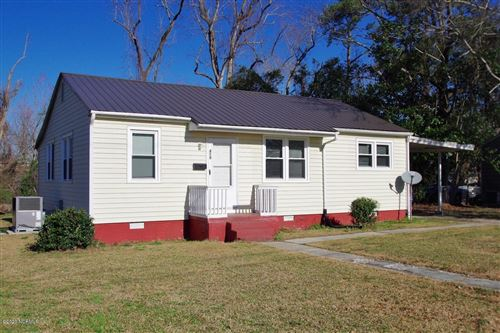 Photo of 419 Nelson Drive, Jacksonville, NC 28540 (MLS # 100206933)