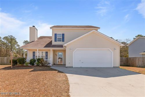 Photo of 103 Spain Drive, Hubert, NC 28539 (MLS # 100258934)