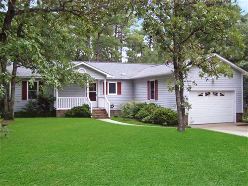 Photo of 904 Lanyard Lane, New Bern, NC 28560 (MLS # 100180937)