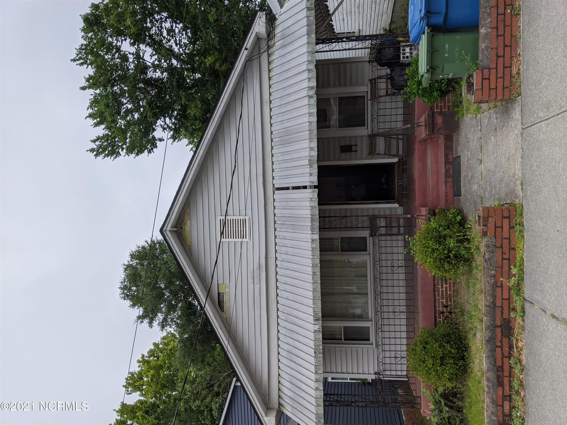 Photo for 121 S 13th Street, Wilmington, NC 28401 (MLS # 100283937)