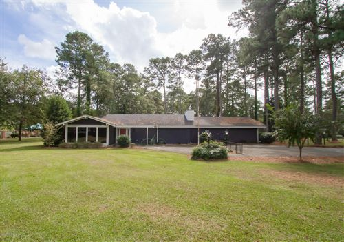 Photo of 706 Forrest Road, Warsaw, NC 28398 (MLS # 100242939)