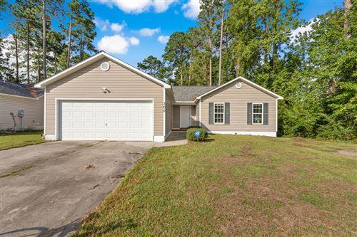 Photo of 300 Parkwood Drive, Jacksonville, NC 28546 (MLS # 100234941)