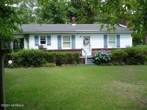 Photo of 904 Aberdeen Road, Laurinburg, NC 28352 (MLS # 100265942)