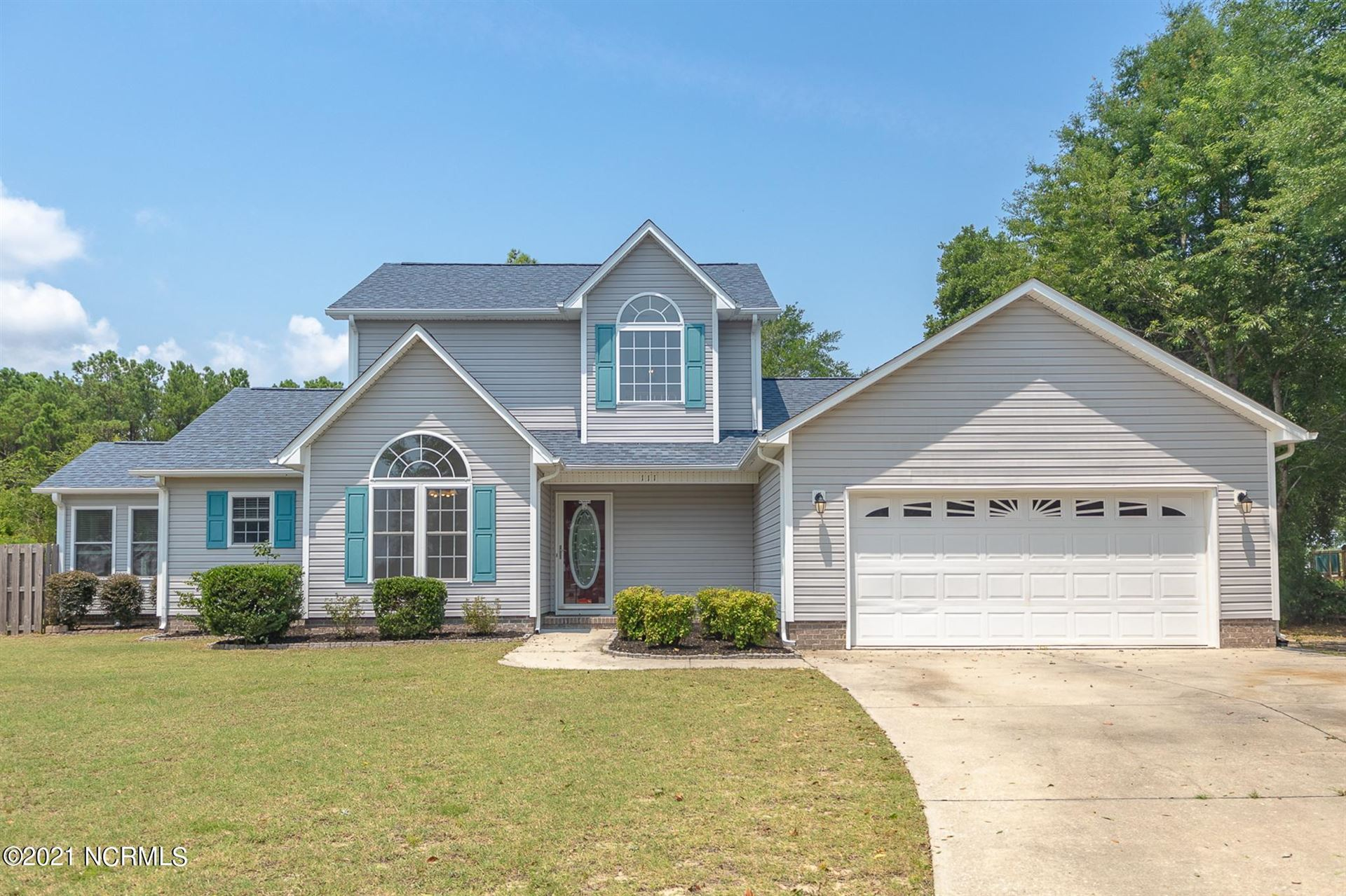 Photo for 111 Mainsail Drive, Sneads Ferry, NC 28460 (MLS # 100283943)