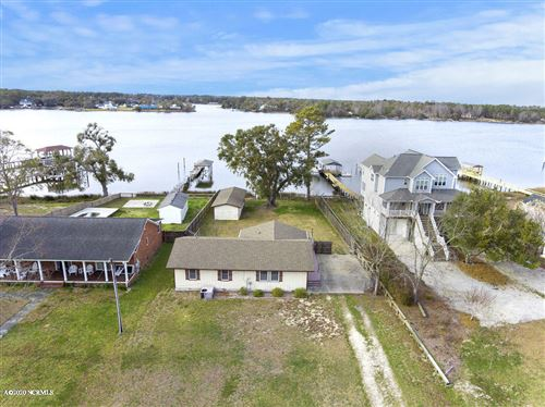 Photo of 741 Chadwick Shores Drive, Sneads Ferry, NC 28460 (MLS # 100208945)