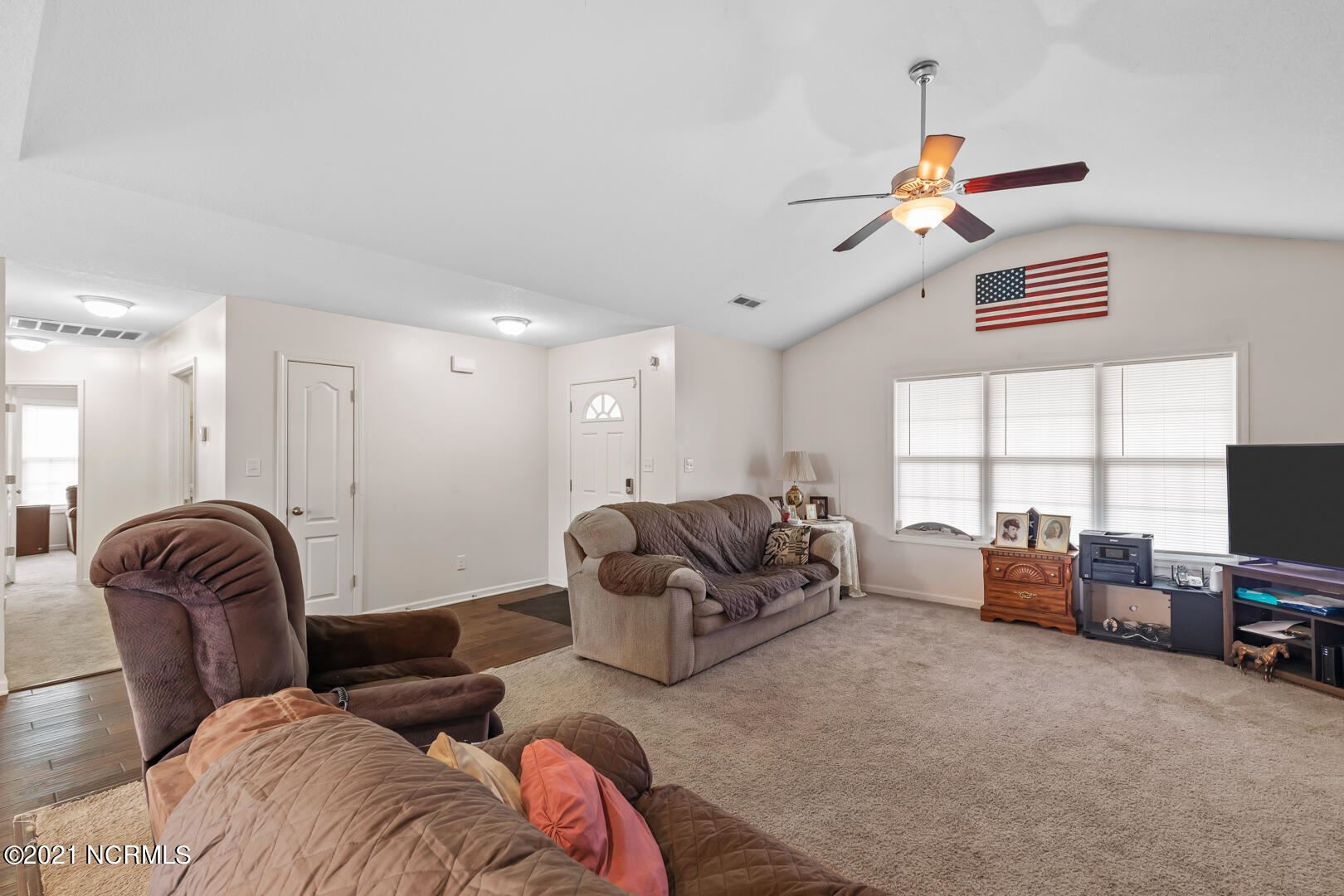 Photo of 128 Prelude Drive, Richlands, NC 28574 (MLS # 100294946)