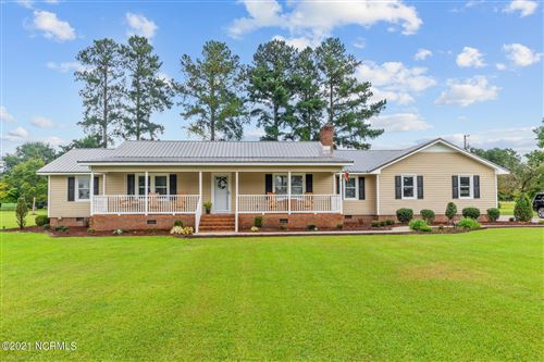 Photo of 1305 Piney Neck Road, Vanceboro, NC 28586 (MLS # 100291956)