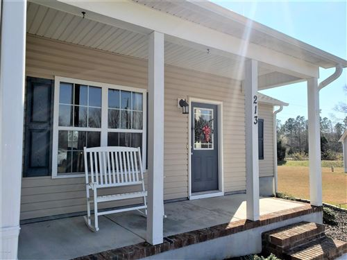 Photo of 213 Classy Court, Richlands, NC 28574 (MLS # 100204957)