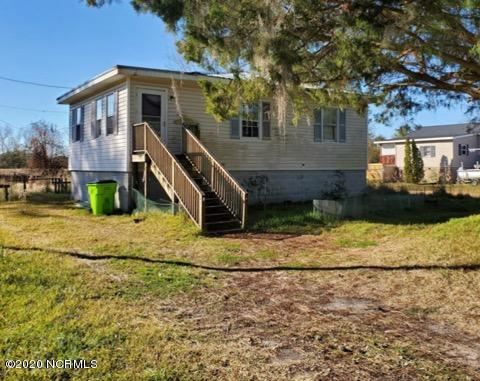 Photo of 2507 Oaks Road, New Bern, NC 28560 (MLS # 100203958)