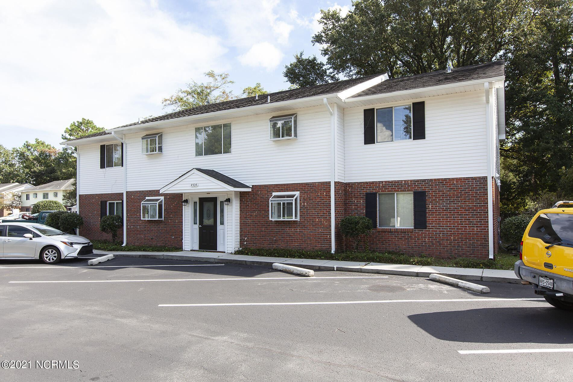 Photo of 4504 Kimberly Way #Apt 102, Wilmington, NC 28403 (MLS # 100293959)