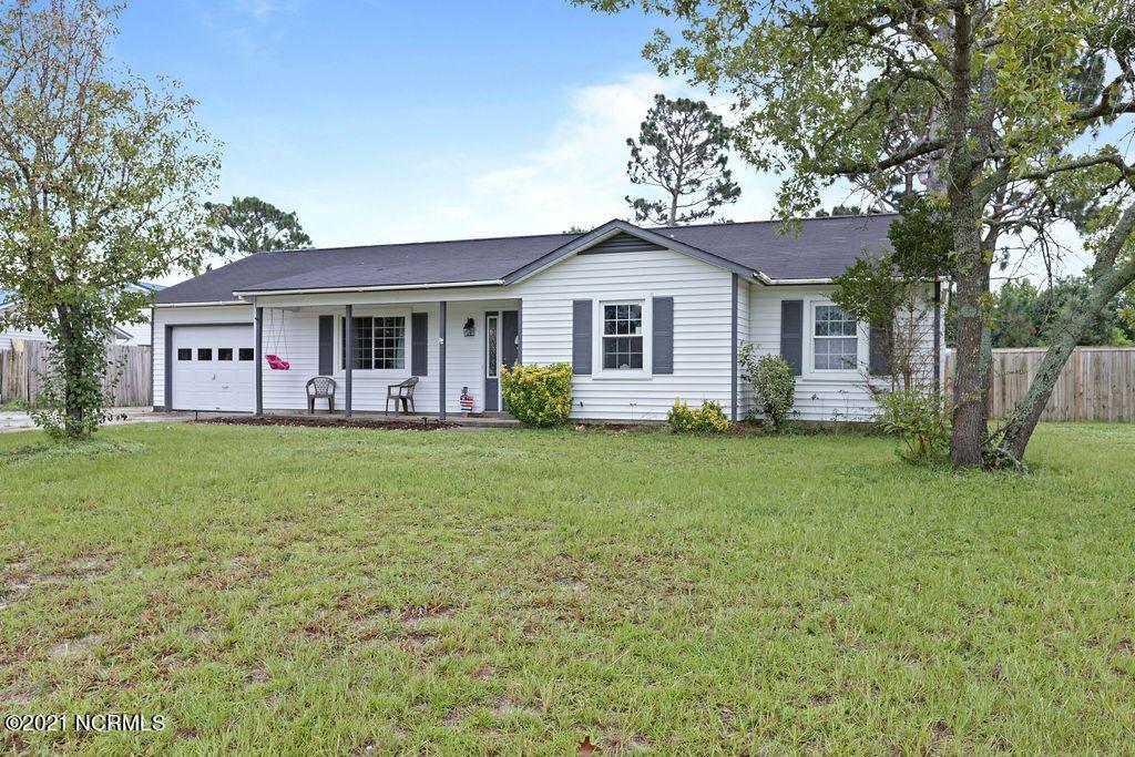 Photo of 104 Avon Drive, Hubert, NC 28539 (MLS # 100284960)