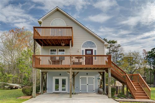 Photo of 805 Driftwood Drive, Surf City, NC 28445 (MLS # 100211962)
