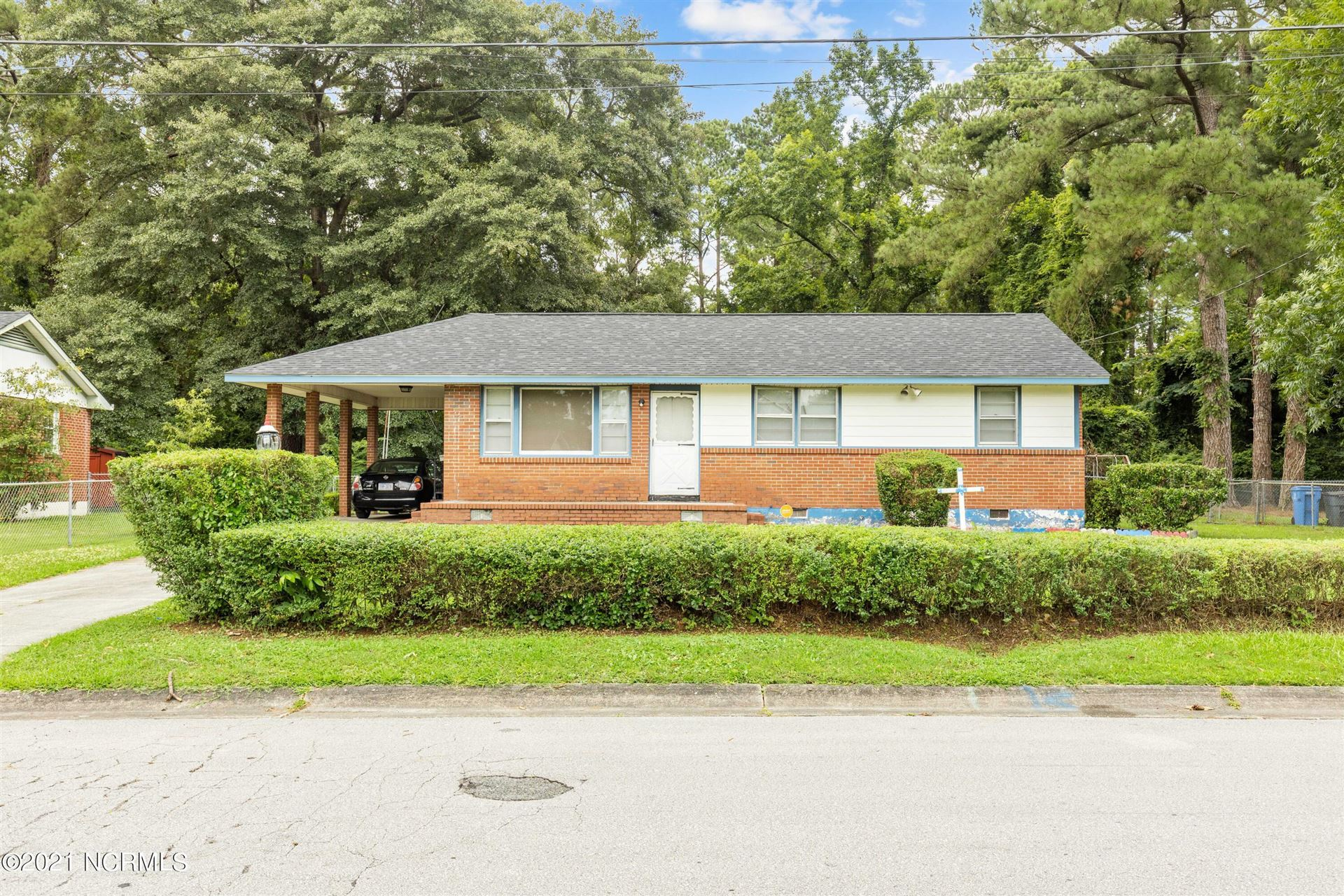 Photo of 131 Cole Drive, Jacksonville, NC 28540 (MLS # 100279965)