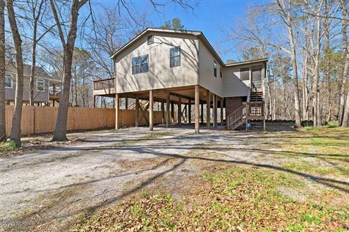 Photo of 1551 River Bend Drive, Burgaw, NC 28425 (MLS # 100209966)