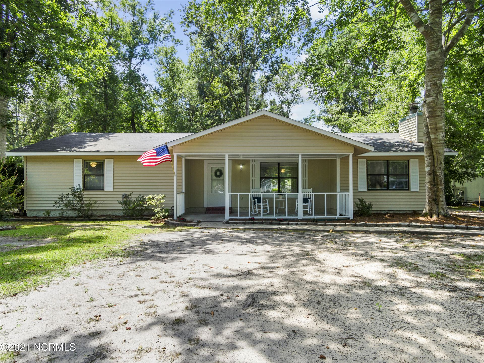 Photo of 192 Winter Place, Jacksonville, NC 28540 (MLS # 100280966)