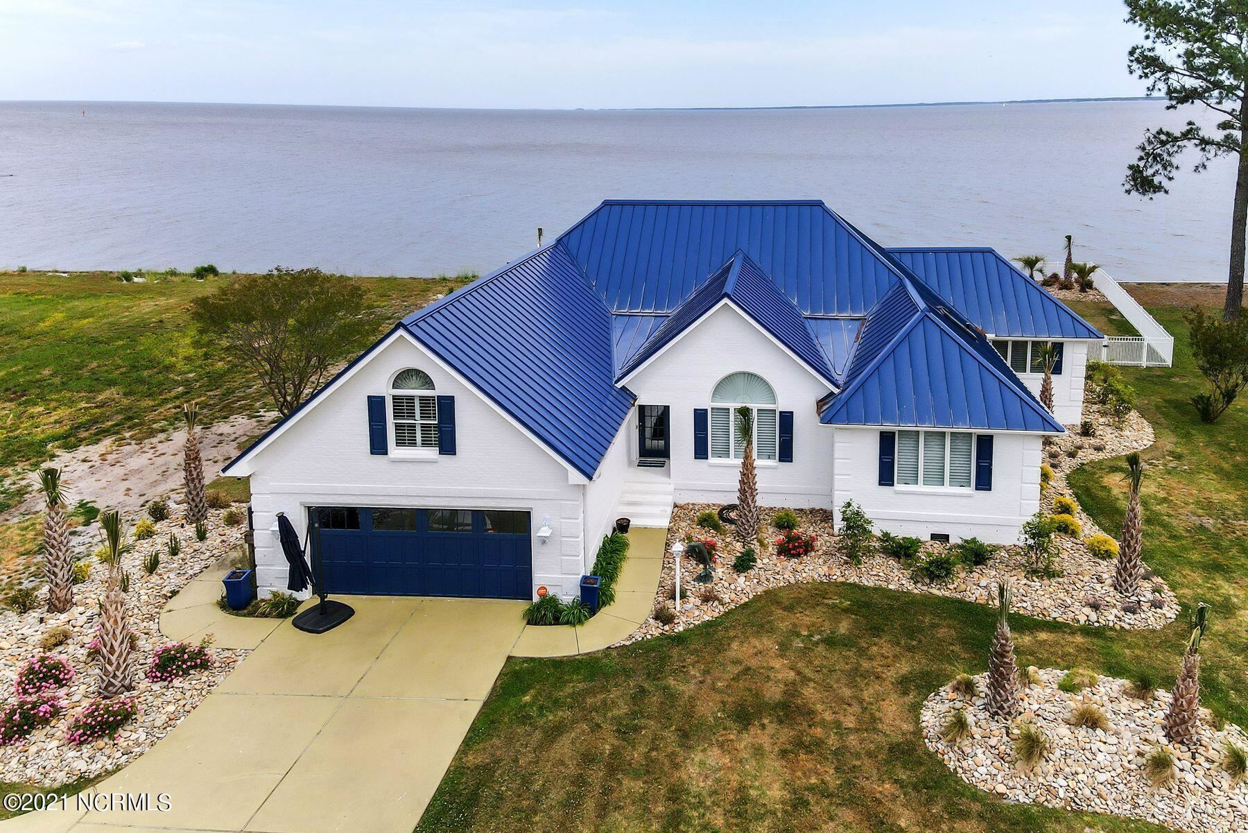 Photo of 6044 Dolphin Road, Oriental, NC 28571 (MLS # 100269967)