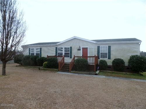 Photo of 115 Luke Lane, Richlands, NC 28574 (MLS # 100199968)