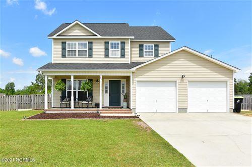 Photo of 106 Croaker Lane, Maysville, NC 28555 (MLS # 100268968)