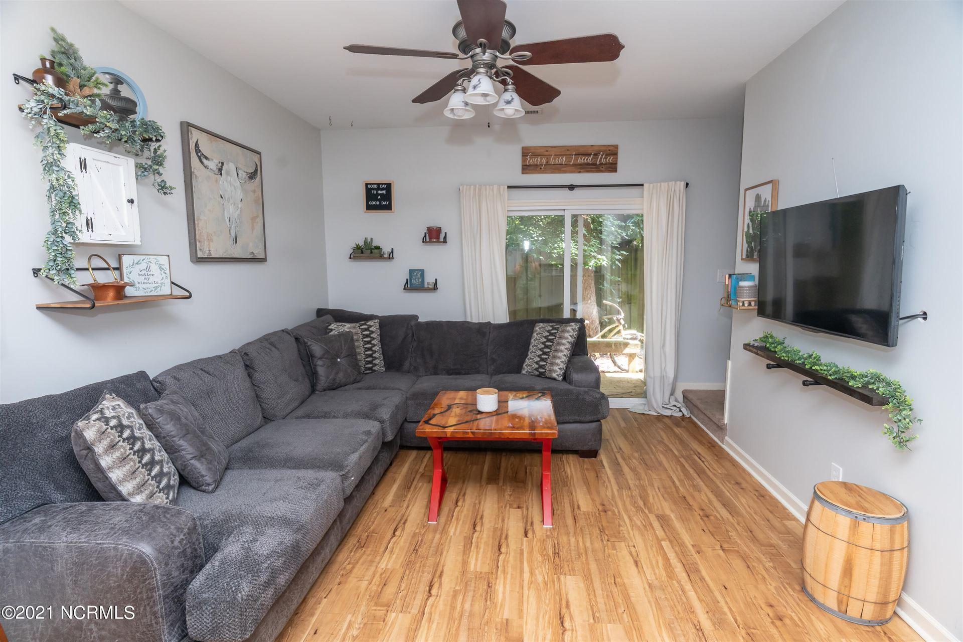 Photo of 5603 Moss Vine Place, Wilmington, NC 28403 (MLS # 100288969)