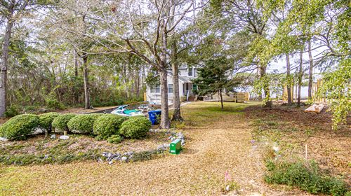 Photo of 831 Chadwick Shores Drive, Sneads Ferry, NC 28460 (MLS # 100199970)