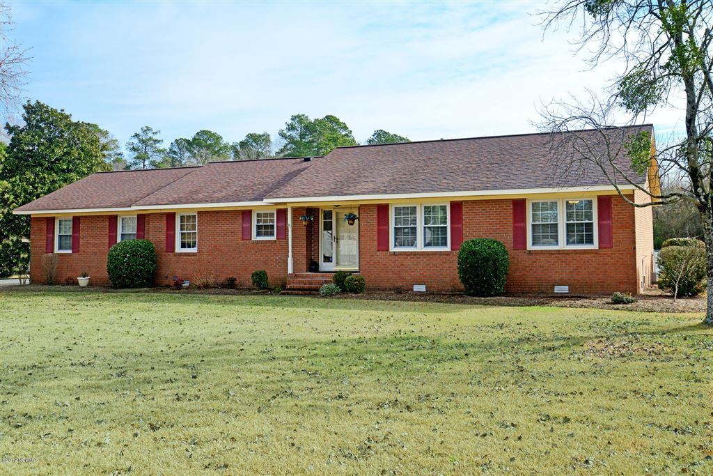 Photo for 4407 Frog Level Rd, Winterville, NC 28590 (MLS # 100148970)